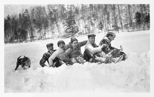 Cornellians at play, in winter